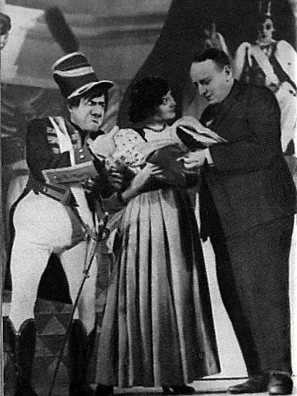 Е.Л. Шварц на репетиции «Тени» в Театре комедии, 1940 год