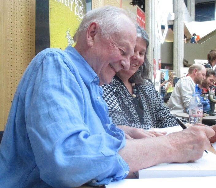 Ричард Уильямс за раздачей автографов