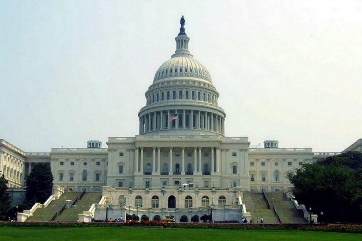 Капитолий, здание законодательного органа Конгресса (Вашингтон, США)